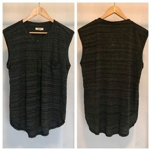 Madewell grey muscle tank, front pocket. Size (XL)